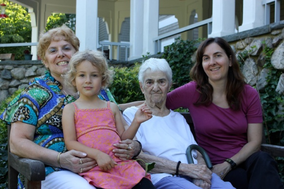 Nonni and girls